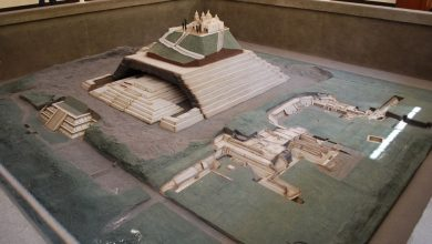 A model of the Great Pyramid of Cholula. Image Credit: Wikimedia Commons.