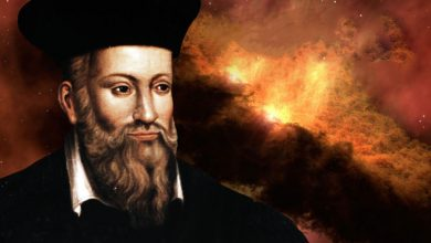 Artists rendering showing Nostradamus and a fire in the background.