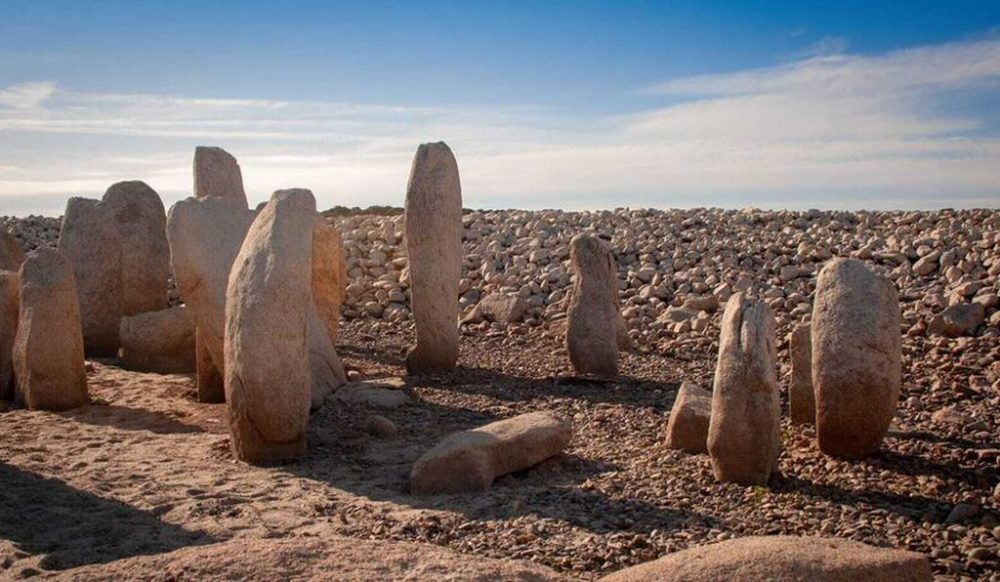 The standing stones, seen in this image, are though to have formed part of a sun temple and burial ground. Image Credit: Ruben Ortega Martin/ Raices de Peraleda.