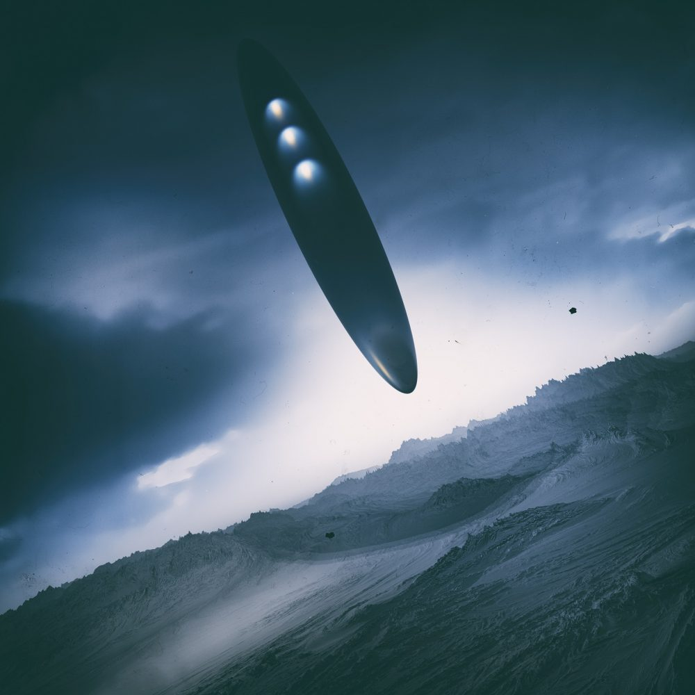 An artists rendering of an alien space ship. Shutterstock.
