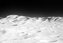 An image showing the mountains of the north rim of South Pole-Aitken Basin, on the far side of the moon. Image Credit: Apollo 8 / NASA.