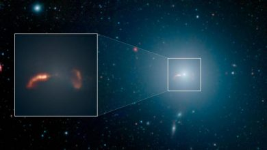 An image and close-up image by the Spitzer telescope showing the M87 Galaxy. Image Credit: NASA/JPL-Caltech/IPAC/Event Horizon Telescope Collaboration.