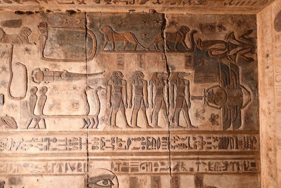 Egyptian constellations on the ceiling of the temple of Esna. Source: Ahmed Amin