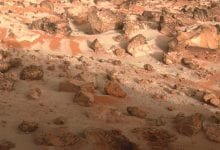 Another high-resolution image of the surface of Mars. Credit: NASA/JPL Image Processing: E. Vandencbulek