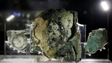 Photo of 7 Surprising Ancient Artifacts That Have Been Found by Experts