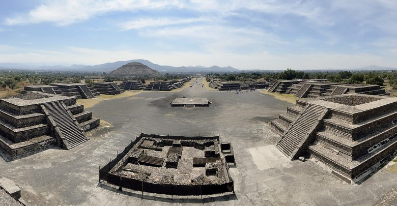 A panoramic view of Teotihuacan. Image Credit: Pixabay.