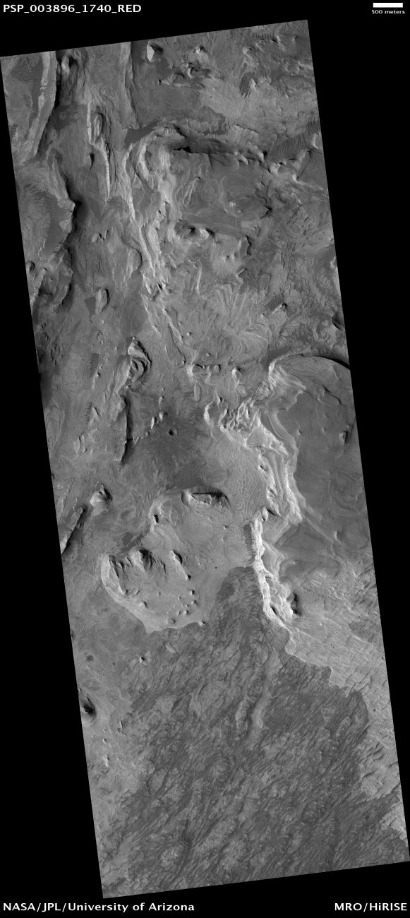 The area where the supposed pyramid is located. Image Credit: NASA / JPL / University of Arizona.