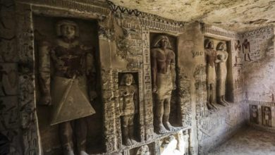 Photo of Archaeologists Find 'Unique' 4,400-Year-Old Tomb in Egypt