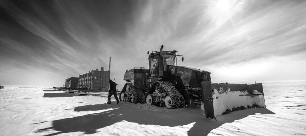 Preparations for the drilling. Image Credit: Antarctica-SALSA, VIMEO.
