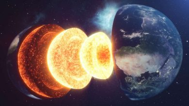 Photo of Earth's Magnetic Field Was on The Verge of a Catastrophic Collapse Experts Reveal