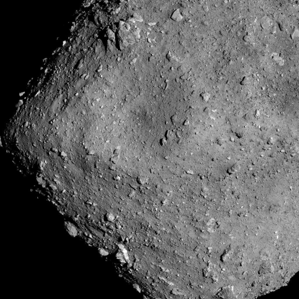 An image of asteroid Ryugu from an altitude of around 6 km. Image Credit: JAXA, University of Tokyo, Kochi University, Rikkyo University, Nagoya University, Chiba Institute of Technology, Meiji University, University of Aizu, AIST.)