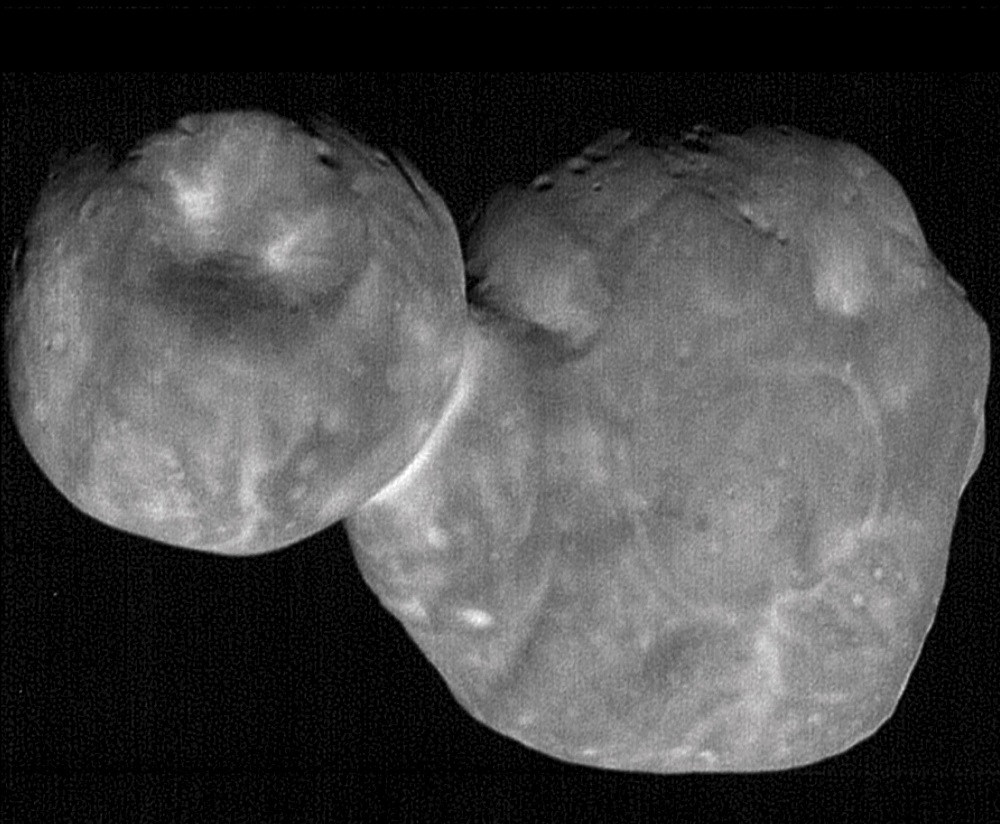 The most detailed images of Ultima Thule -- obtained just minutes before the spacecraft's closest approach at 12:33 a.m. EST on Jan. 1 -- have a resolution of about 110 feet (33 meters) per pixel. Image Credit: NASA/Johns Hopkins Applied Physics Laboratory/Southwest Research Institute, National Optical Astronomy Observatory.