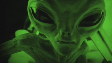 Photo of Scientists Warn we Should Stop Sending Signals into Space Trying to Contact 'Aliens'