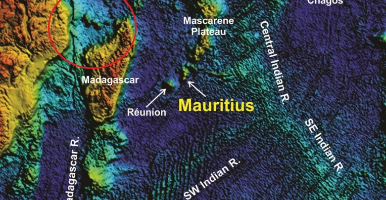 Photo of Remnants of an Ancient Supercontinent Discovered on a Remote African Island