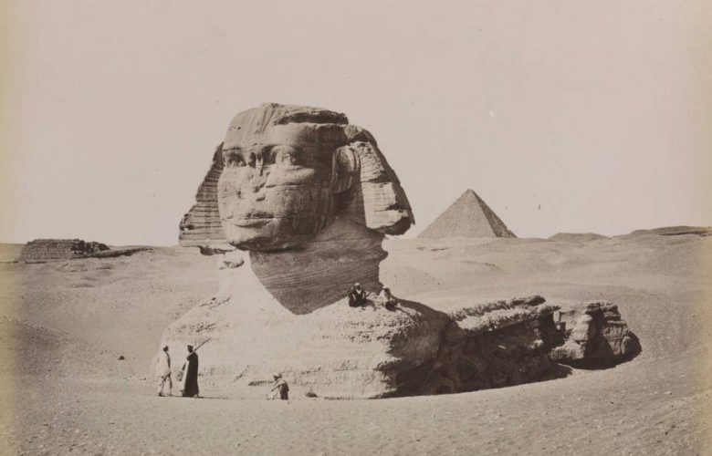 The image was taken in 1887.