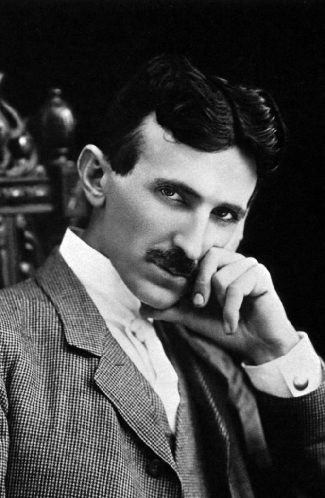 A photograph of Tesla at the age of 40.