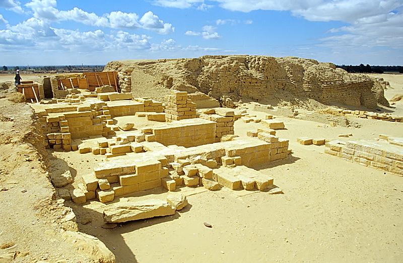 Stone temple of Soknobkonneus, Umm el-Athl (Bacchias), el-Fayyum, Egypt. Image Credit: Wikimedia Commons.
