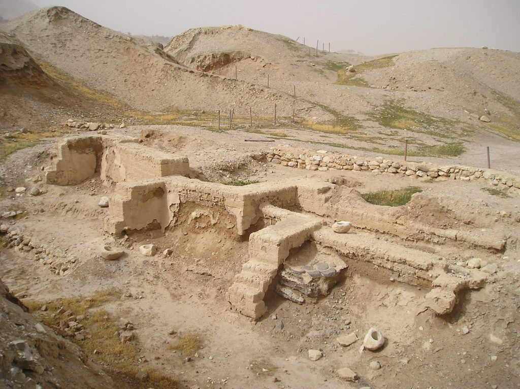 Dwelling foundations unearthed at Tell es-Sultan in Jericho. Image Credit: Wikimedia Commons.