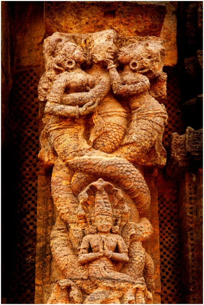 A kama scene on the walls of the Konark Sun Temple. Image Credit: Wikimedia Commons.