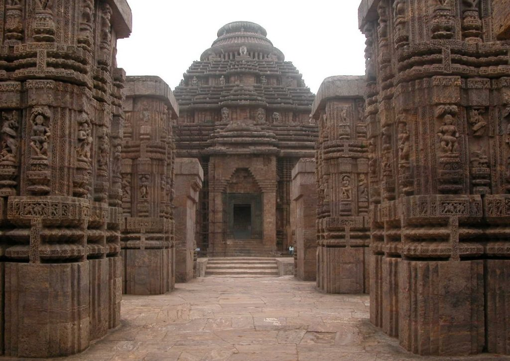 Partial view of Konarak Sun Temple in Orissa, India. Image Credit: Wikimedia Commons.