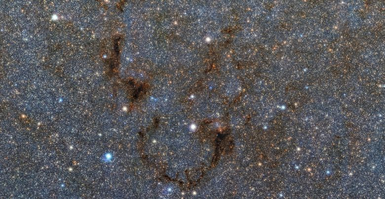 Photo of Alien Intruder! Astronomers Find Strange Star in the Milky Way From Another Galaxy