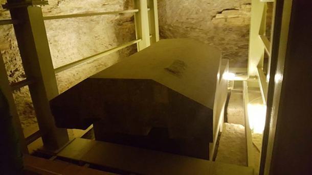 One of the granite sarcophagi in the Serapeum, Saqqara, Egypt. Image Credit: Ovedc/ CC BY SA 4.0.