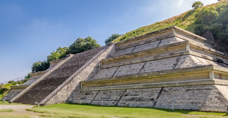 Small area of the Great Pyramid of Cholula. Shutterstock.