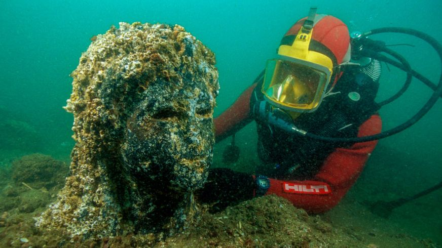 A sunken staute belonging to the sunken city of Thonis-Heracleion. Image Credit: Franck Goddio / Hilti Foundation / University of Oxford.