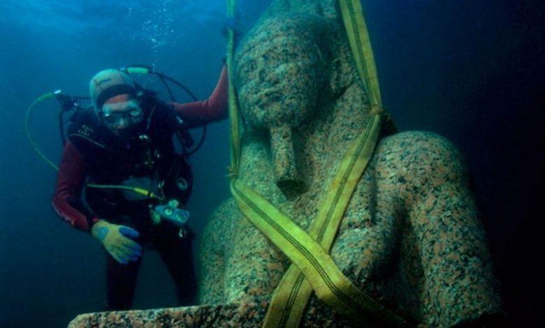 One of the many statues discovered at the sunken city. Image Credit: Christoph Gerigk / Franck Goddio / Hilti Foundation.