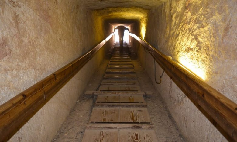 A passage leading inside the pyramid. Shutterstock.