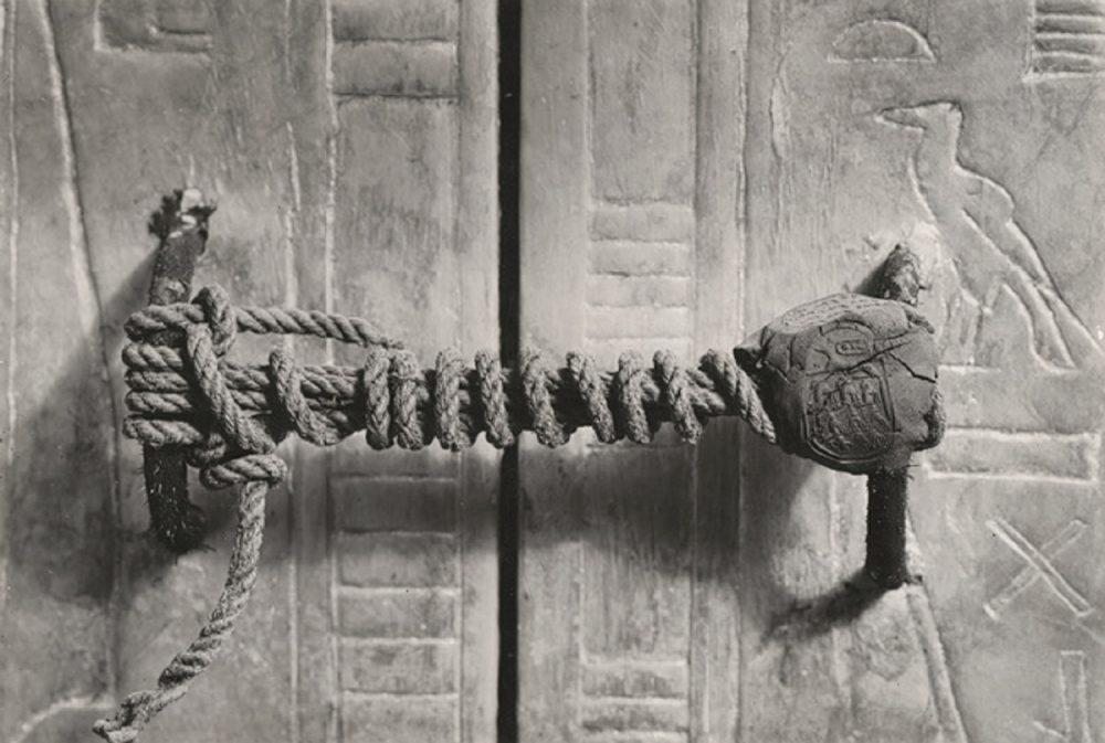 This is the unbroken seal of the third of Tutankhamun's innermost shrines from four. Image Credit: Wikimedia Commons.