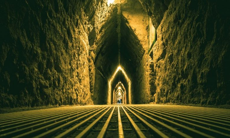 Inside the tunnels of the pyramid of Cholula. Shutterstock.