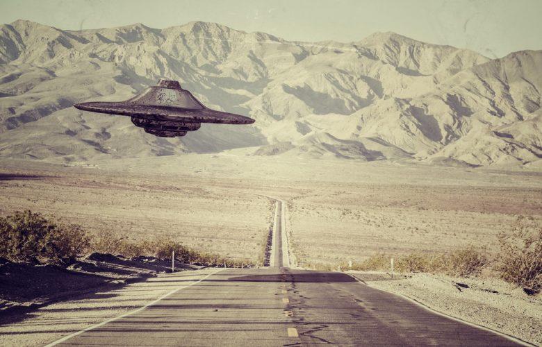 A UFO above the Desert. Shutterstock.