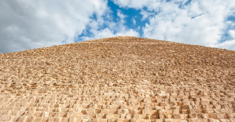 Photo of 3 of the Most Puzzling Characteristics of the Great Pyramid of Giza