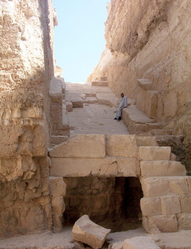 The view of Djedefre's ruined pyramid. Image Credit: Wikimedia Commons / Public Domain.