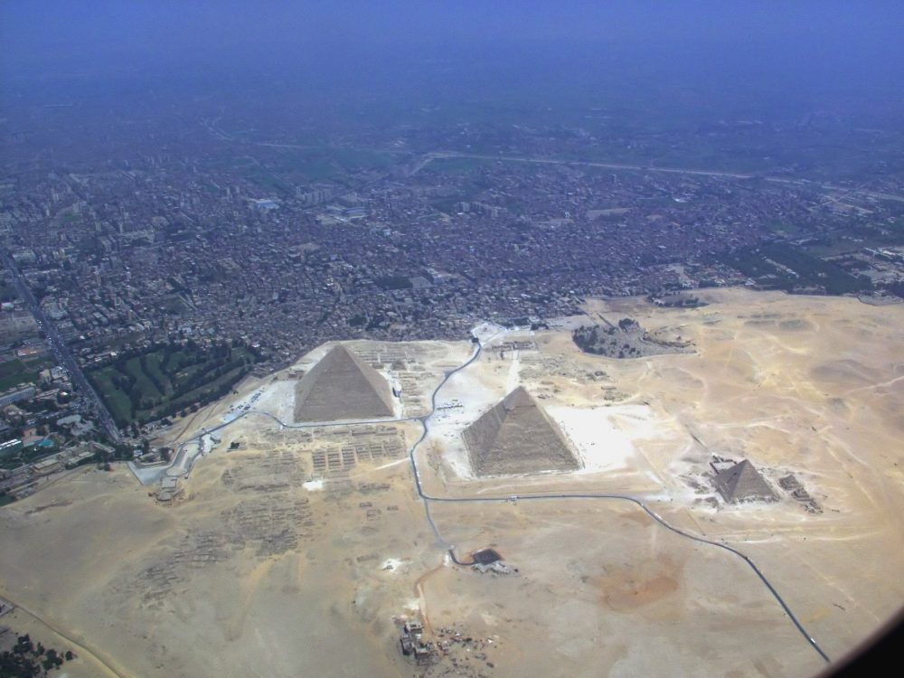 Aerial photo of the Giza pyramid complex. Image Credit: Wikimedia Commons.