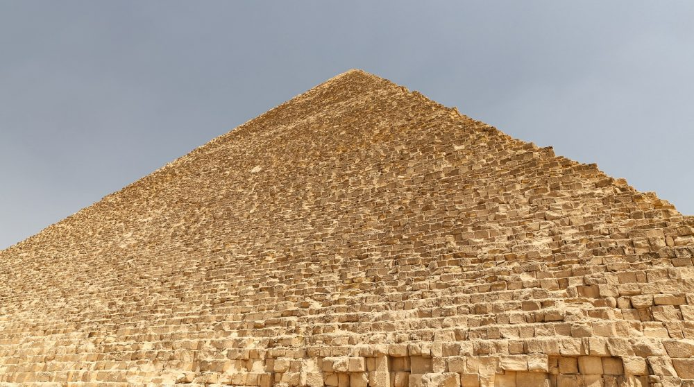 Scientists have calculated that building the pyramid today would cost us around $5 billion. Shutterstock.