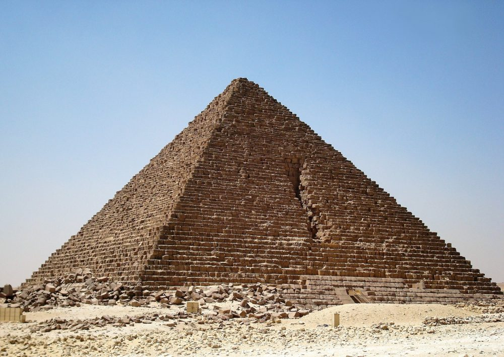 The Last Giza Pyramid 7 Facts You Probably Didn T Know About The Pyramid Of Menkaure Curiosmos The Pyramid