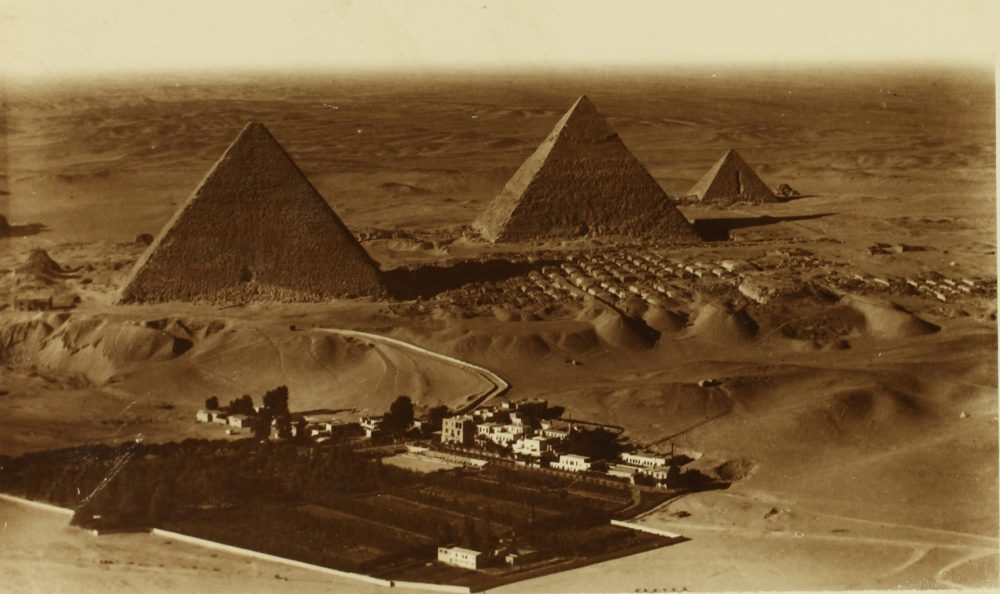 Aerial view of the Giza Pyramids. Image Credit: San Diego Air & Space Museum / Wikimedia Commons.