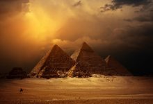 An image of the pyramids at the Giza plateau. Shutterstock.