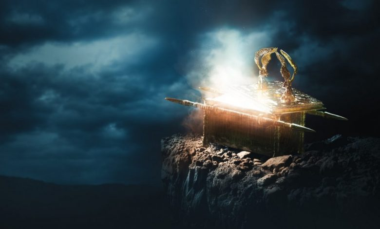 An artists rendering of the Ark of the Covenant. Shutterstock.