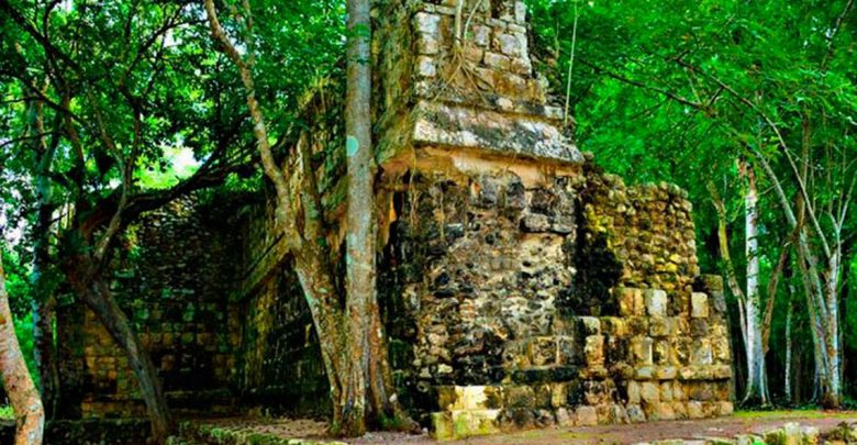 An image of an ancient structure at Kuluba, Yucatan. Image Credit: INAH.