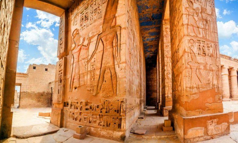 An image of the Temple of Medinet Habu. Egypt, Luxor. Shutterstock.