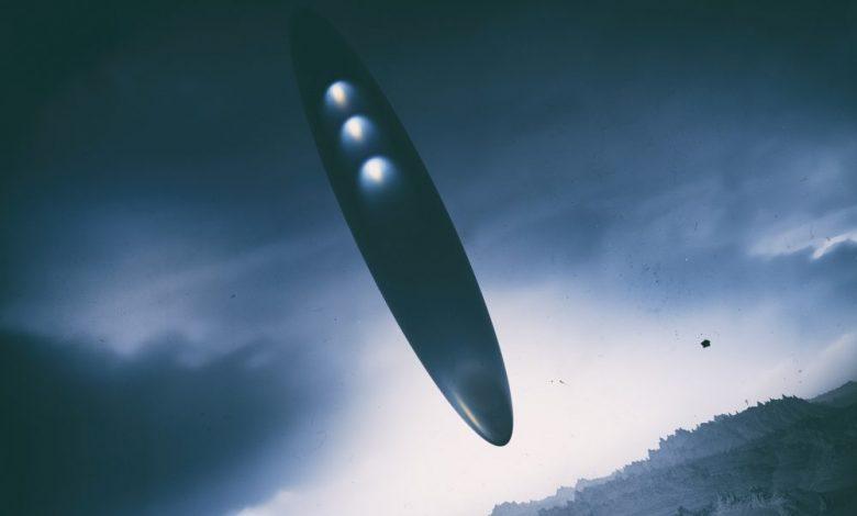 An artists rendering of an alien space ship. Shutterstock.
