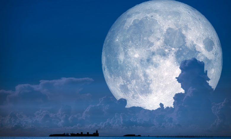 Photo of A Super Snow Moon Will Light Up the Sky This Weekend