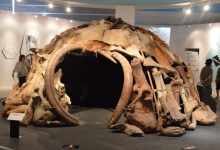 Ancient Mammoth House replica. Pinterest.