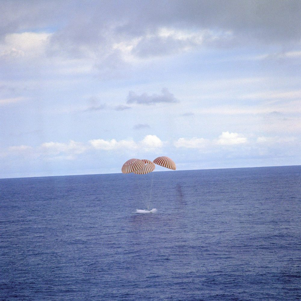 Apollo 13 splashes down in the South Pacific on April 17, 1970. Image Credit: NASA / Wikimedia Commons.