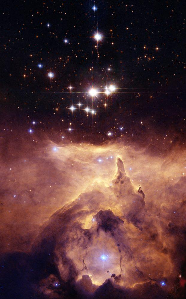 An Image of Star cluster Pismis 24 taken by the Hubble Space Telescope. Image Credit: NASA, ESA and Jesœs Maz Apellÿniz. Acknowledgement: Davide De Martin (ESA/Hubble)