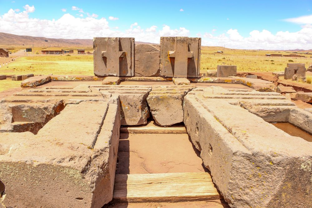 An image of the Puma Punku stones. Many of the stones used in the construction of Puma Punku weigh more than ten tons and were transported from great distances. Shutterstock.