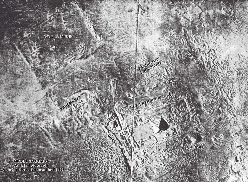 An aerial image taken in 1952 showing the Saqqara royal necropolis as well as the Step Pyramid Complex, the Great Enclosure, as well as other ancient structures. Image Credit: Francesco Raffaele.